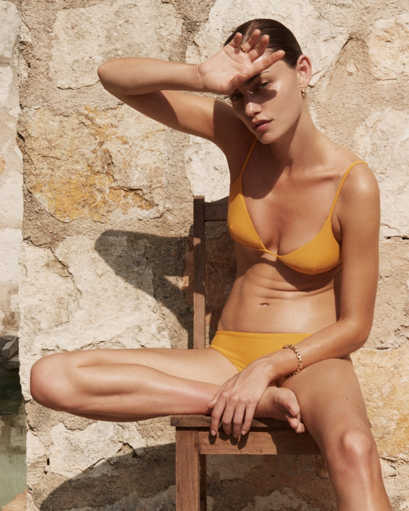 PHOEBE-TONKIN-BY-ALEXANDRA-NATAF-FOR-MATTEAU-SWIM-RESORT-2016-AD-CAMPAIGN-1